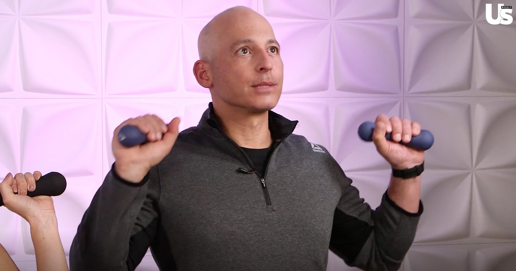 Ariana Grande's Trainer Harley Pasternak Takes Us Through an Arm Workout – Watch