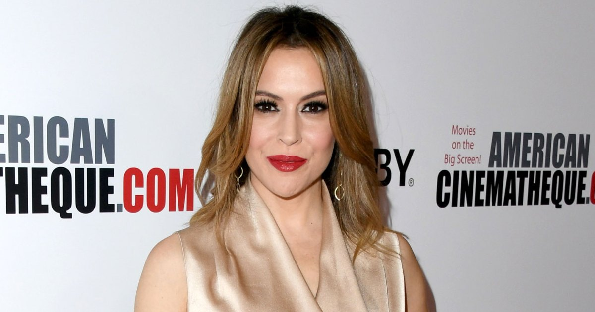 Alyssa Milano: 'Charmed' Reboot Would Be 'Hard to Sit Through'