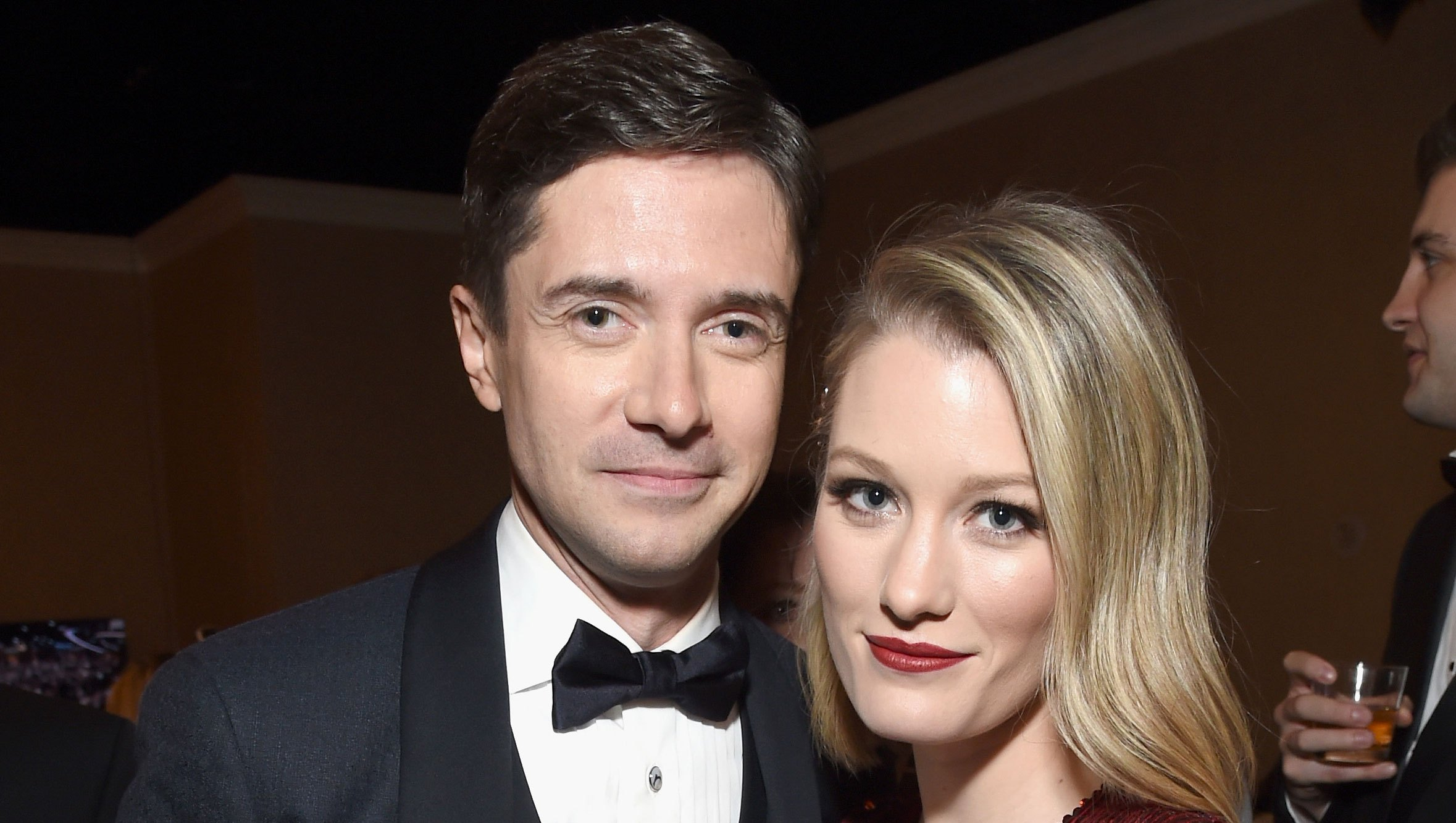 Topher Grace Calls Parenthood 'Awful But Amazing' Golden Globes 2019