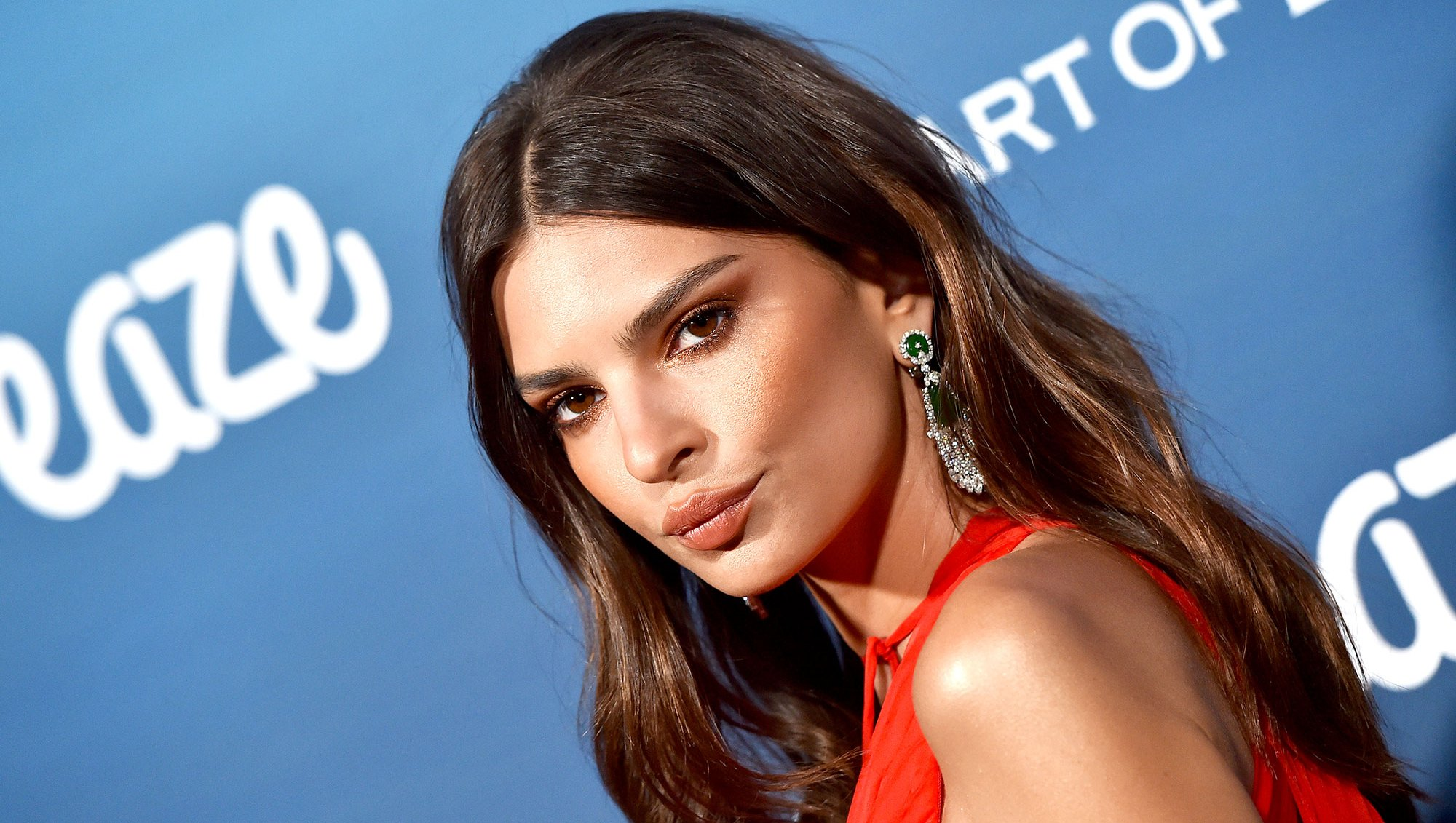 Emily Ratajkowski $800 Beauty Routine