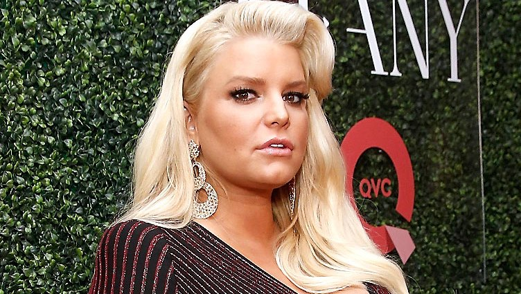 Jessica Simpson Details Her Painful Month Before Birth of Baby No. 3