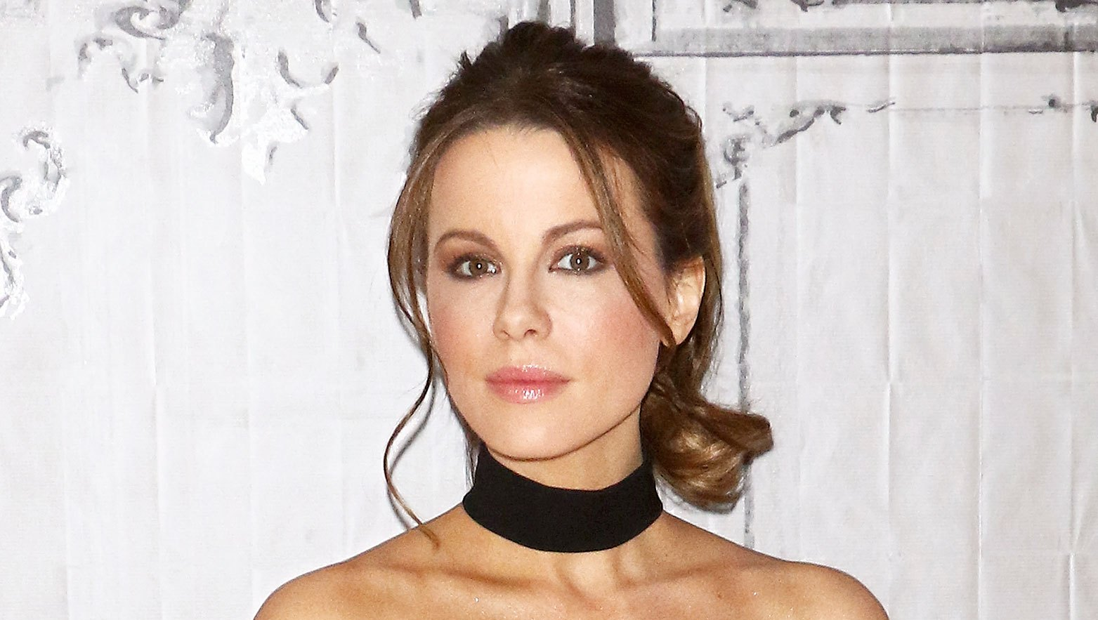 Kate Beckinsale Fires Back Troll Dating Choices