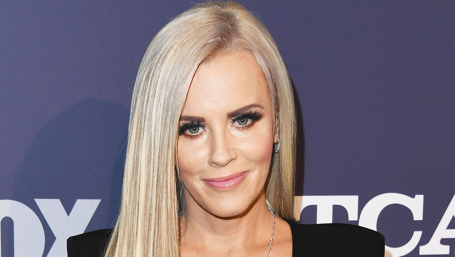 6 Things We Learned About Jenny McCarthy Reveals Horror Stories From 'The View'