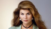 'Aunt Becky' Trends on Twitter Amid Lori Loughlin's College Admissions Scandal: All the Memes