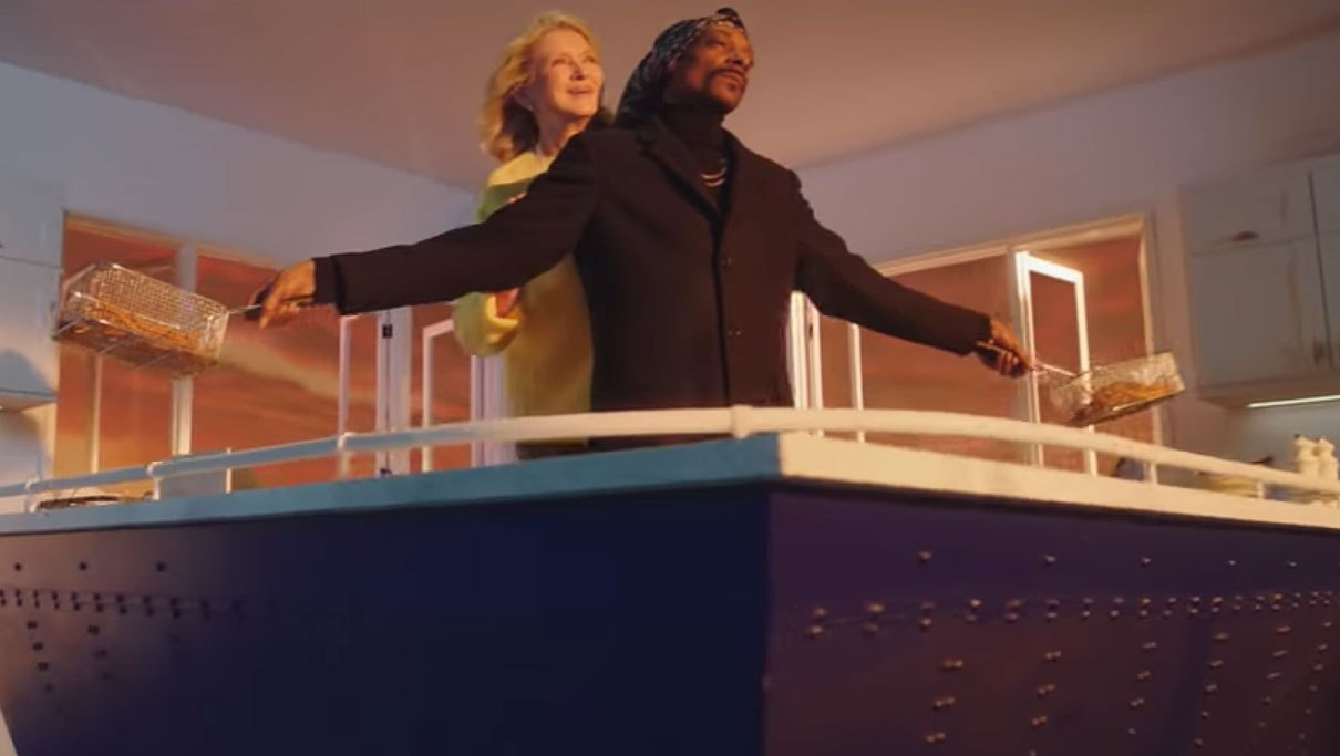 Martha Stewart and Snoop Dogg Recreate Iconic 'Titanic' Scene to Promote Their Cooking Show