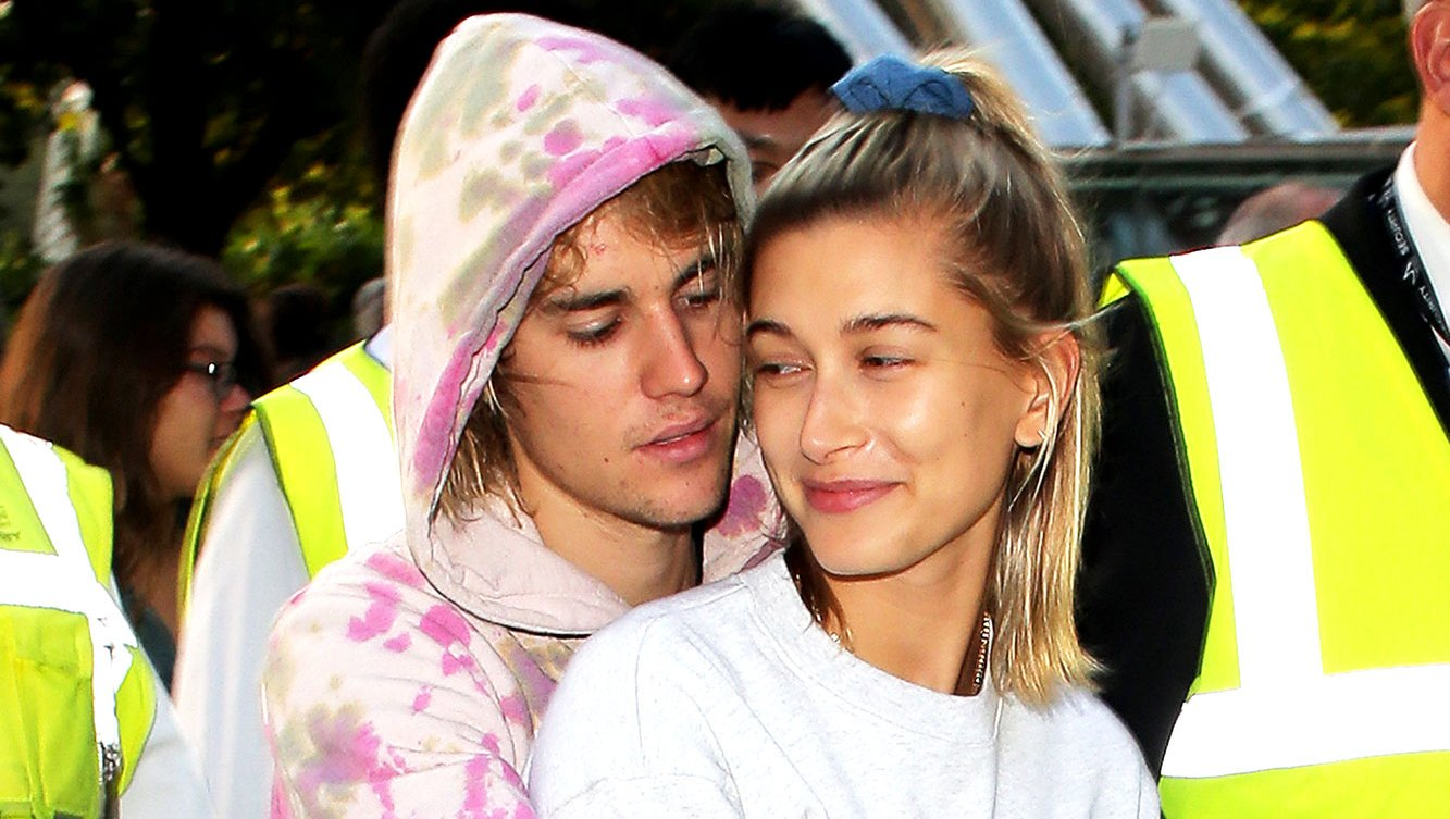 Justin Bieber Forces Hailey Baldwin to Admit She Was a 'Fan of the Jonas Brothers' in Hilarious Video