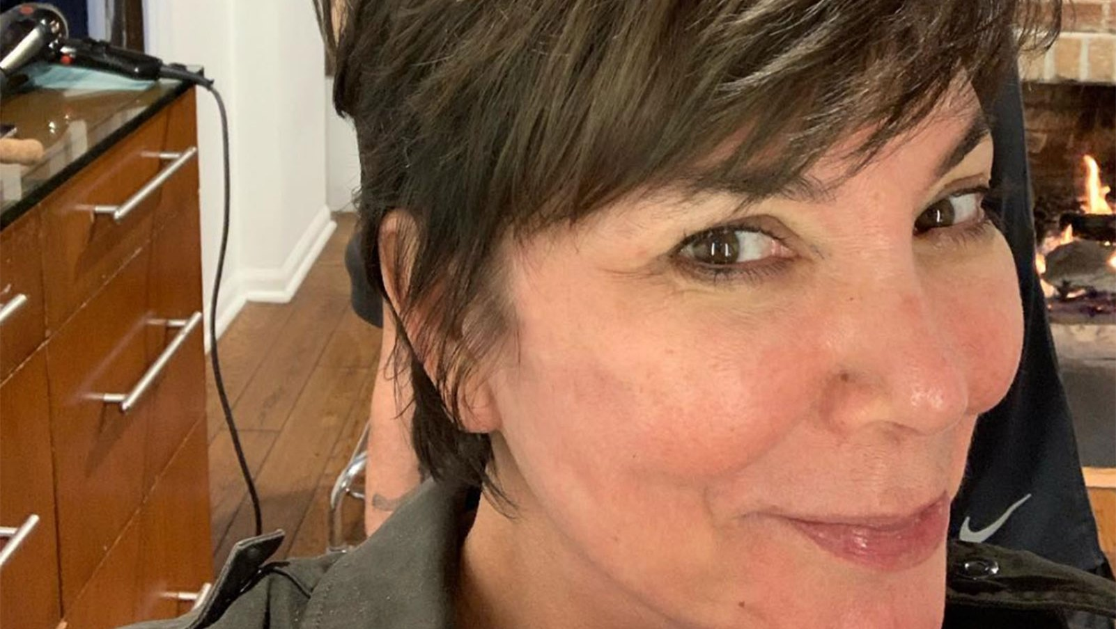 Kris Jenner Tops Our No-Makeup Celeb List in Fresh-Faced Selfie