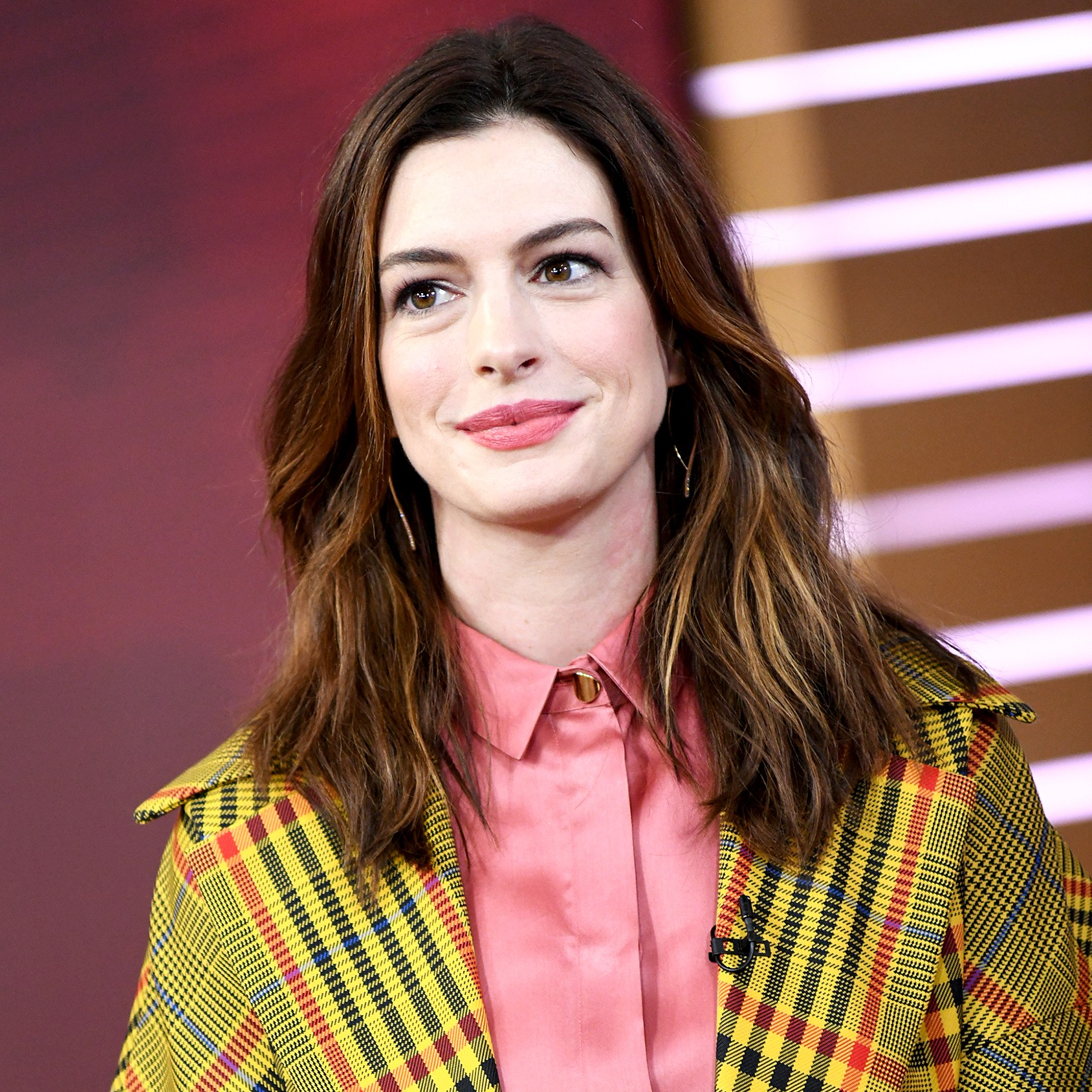 Anne-Hathaway-Ditched-Veganism