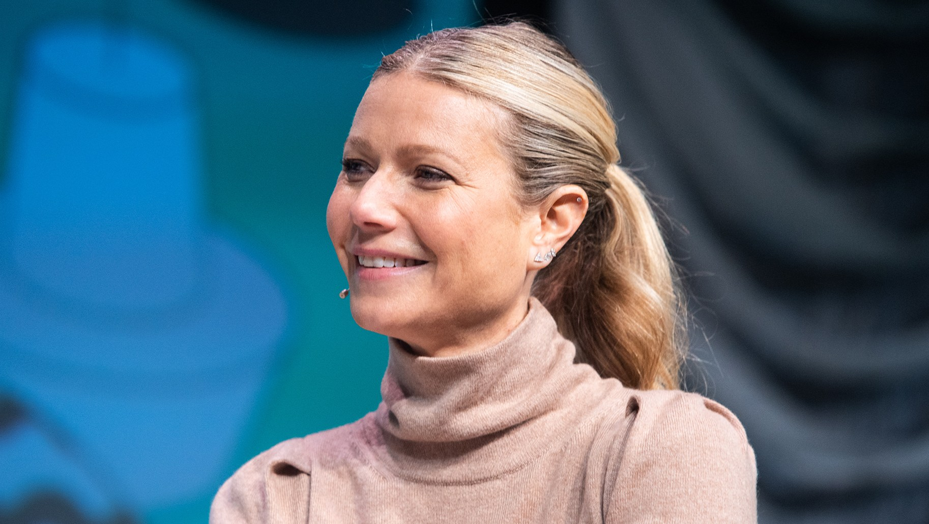 Gwyneth Paltrow Defends '40s Titties'