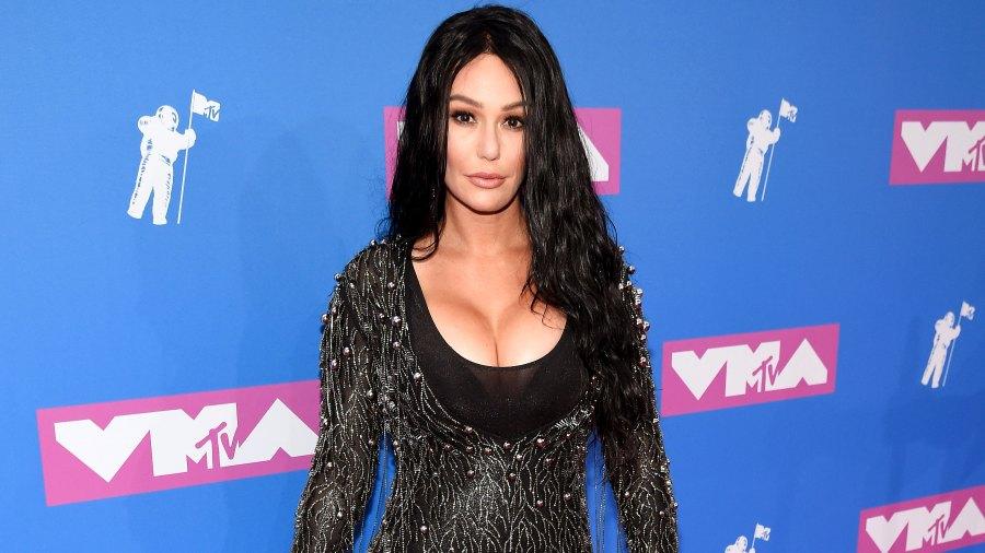 Jenni 'JWoww' Farley Makes Her Relationship With Boyfriend Zack Clayton Carpinello Instagram Official MTV Video Music Awards 2018