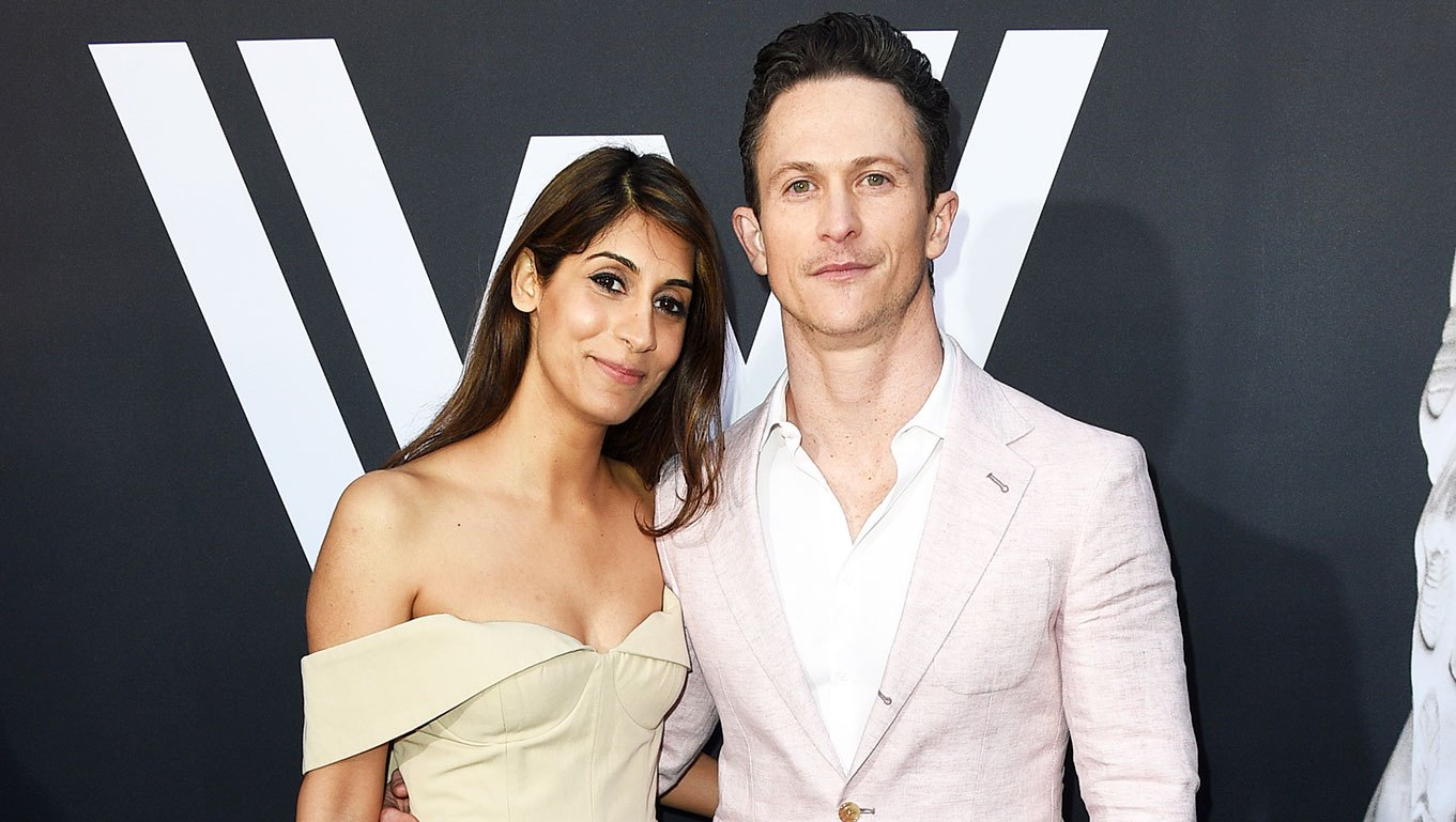 Jonathan Tucker (L) and Tara Ahamed Tucker Welcome Twins