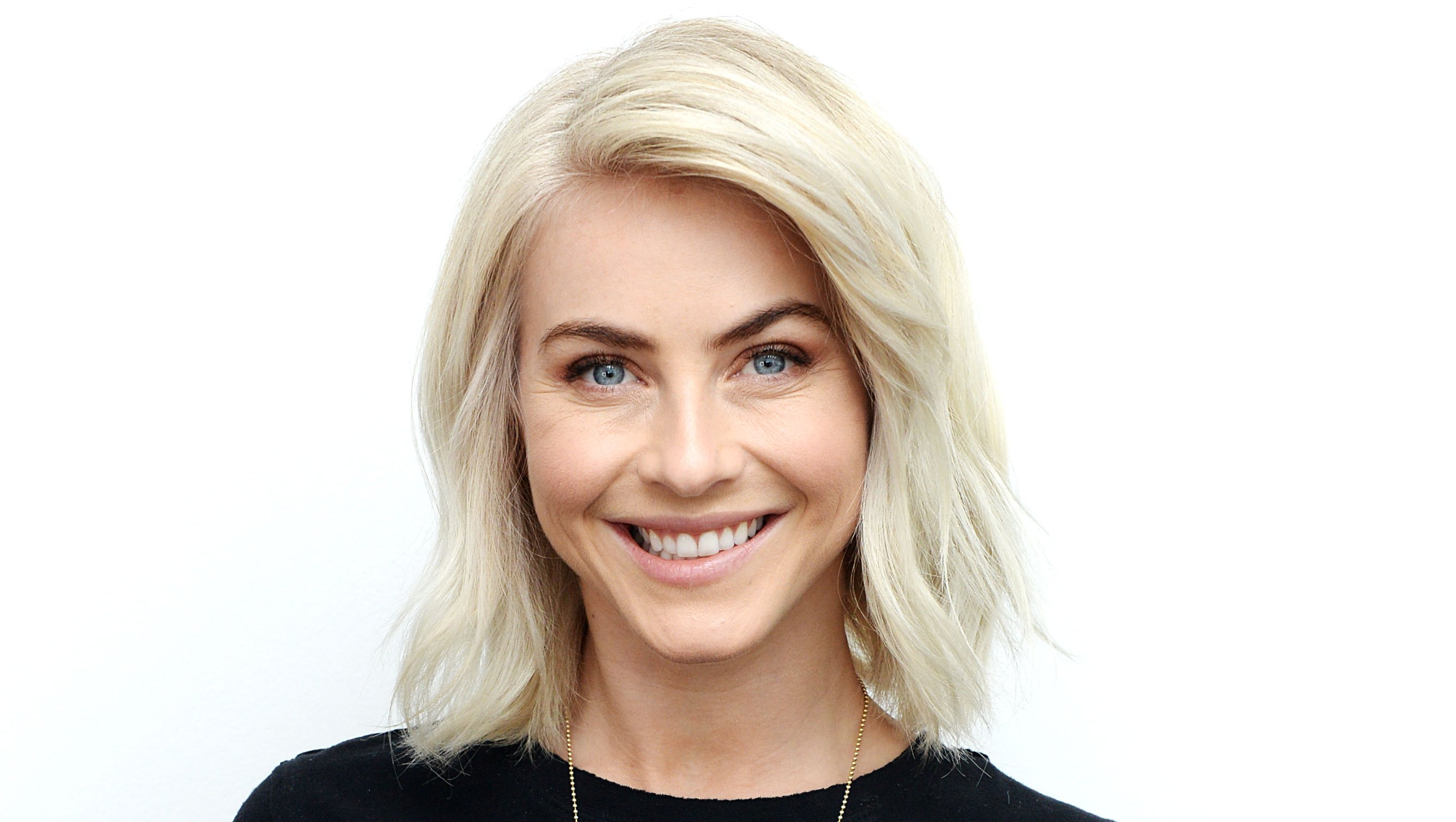 Julianne Hough Almost Shaved Head