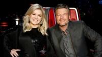 Kelly Clarkson Trolls Blake Shelton