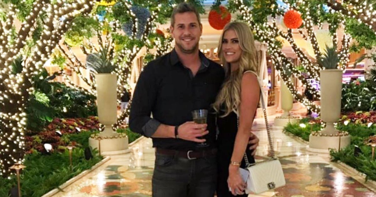 Christina Anstead Shows 17-Week Baby Bump Working Out With Ant