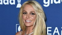 Britney Spears Shows Off Killer Bikini Body As She Does Yoga After Treatment