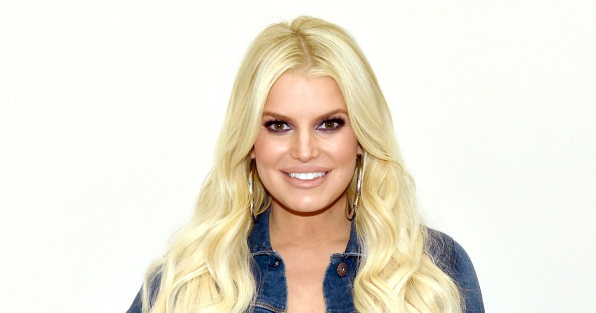 Jessica Simpson Stretches in Rubber Corset After Birdie's Arrival