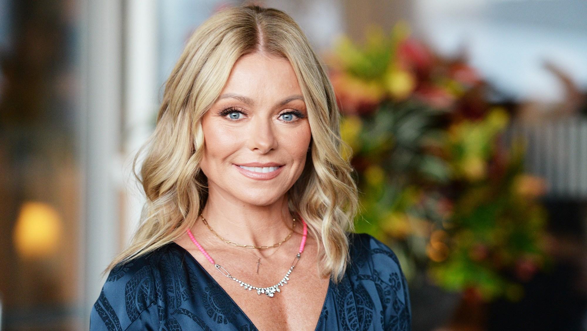 Kelly Ripa Is Shrugging Off 'Bachelor' Drama