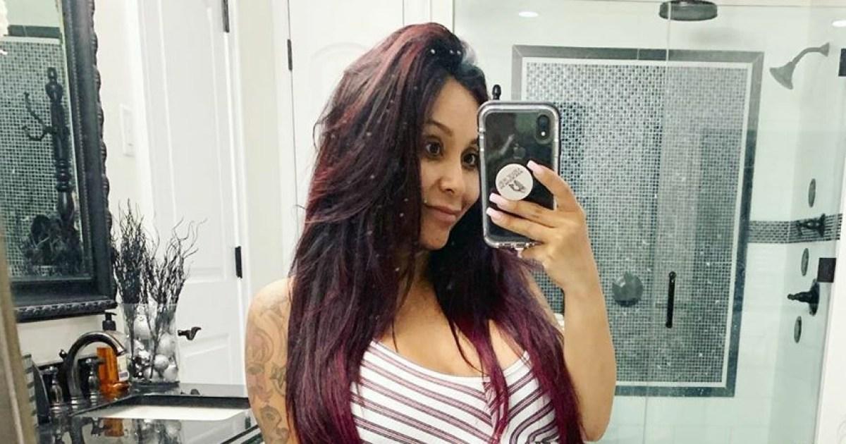 e45b409111e1e Nicole 'Snooki' Polizzi Celebrates Baby Shower Ahead of 3rd Child