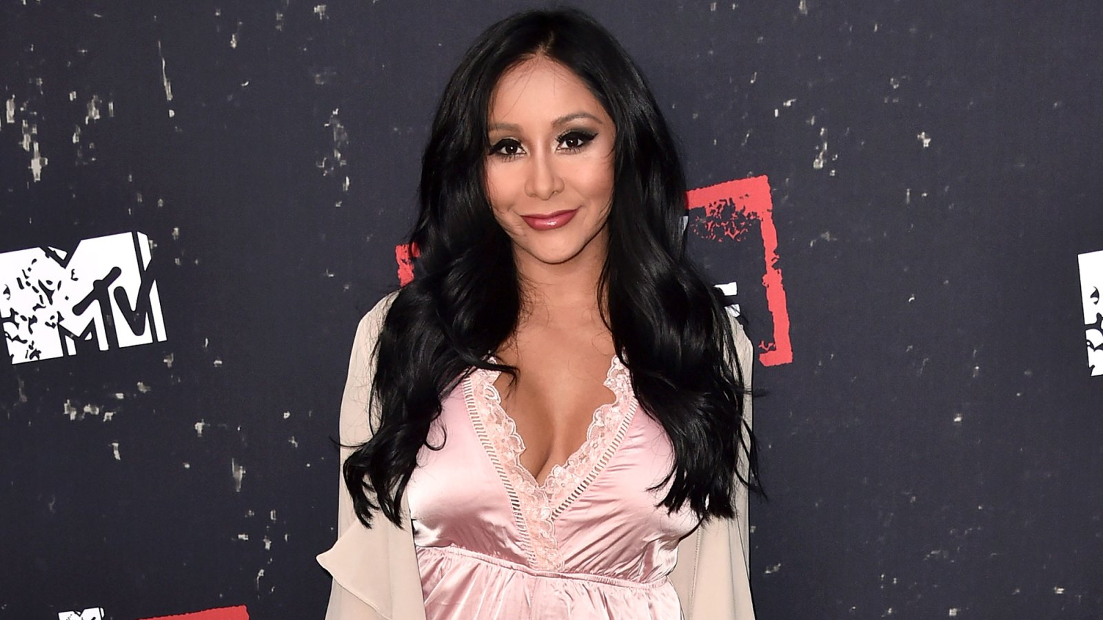 70891bba070 Snooki Shows Off Post-Baby Bikini Body 2 Weeks After Giving Birth: 'Still  Wearing My Diaper'
