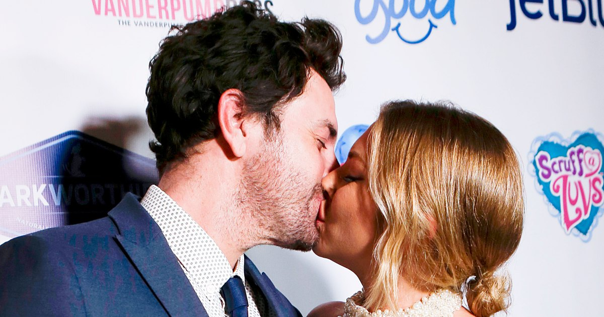 Stassi Schroeder and Beau Clark kissing