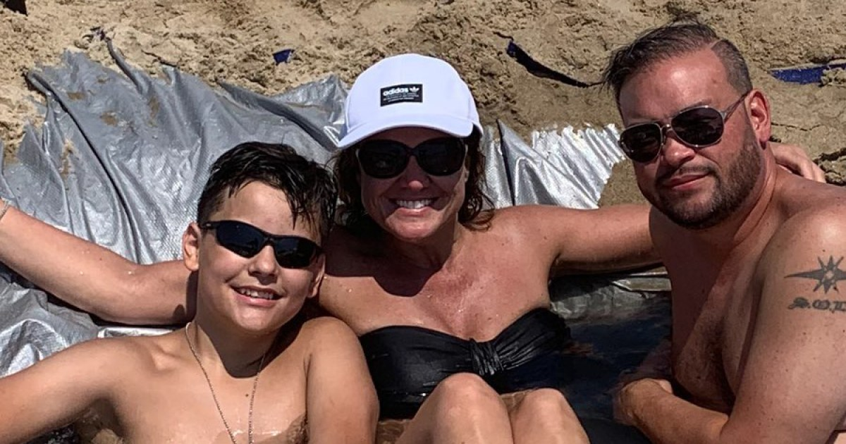 Jon Gosselin Hits the Beach With Son Collin and Girlfriend Colleen Conrad: See the Pics!