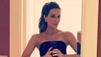 Mirror-selfies-Kate-Beckinsale