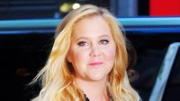 Amy Schumer Plays Volleyball 3 Months After C-Section