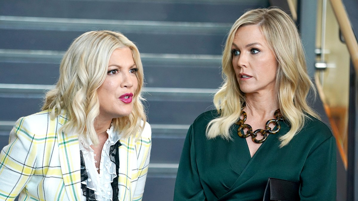 d12ee6ba9c6e BH90210' Cast Salaries Revealed: Who Makes the Most?