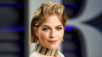 Selma-Blair-Shares-Emotional-MS-Updates