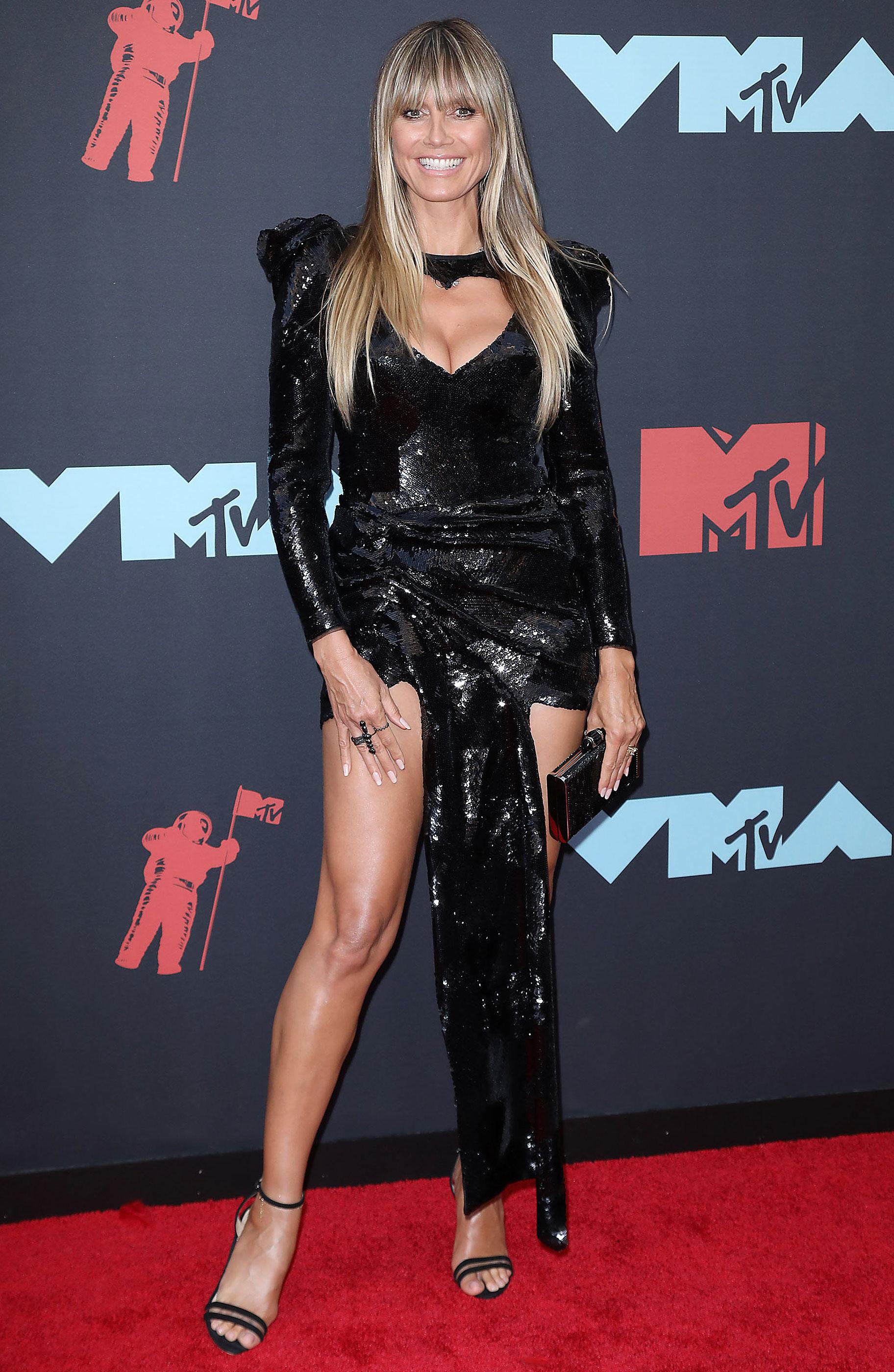 https://www.usmagazine.com/wp content/uploads/2019/08/VMAS 2019 Heidi Klum