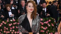 Emma Stone's Transformation Into a Punk Rock Cruella De Ville Has Twitter Freaking Out