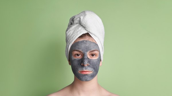 Clay-mask-acne-care