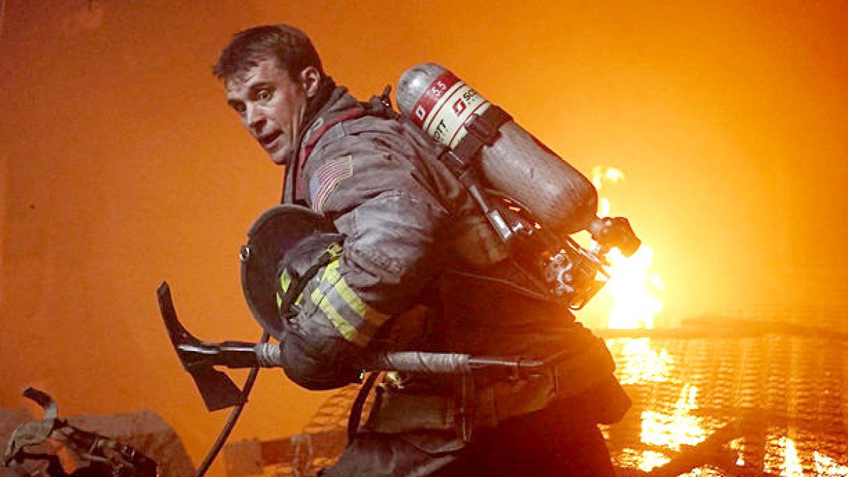 'Chicago Fire' Boss Confirms Devastating Premiere Death: It's a 'Real Tragedy'