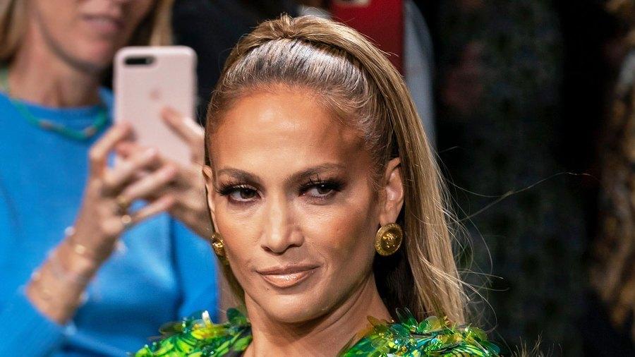 Jennifer Lopez Versace Runway Makeup September 20, 2019