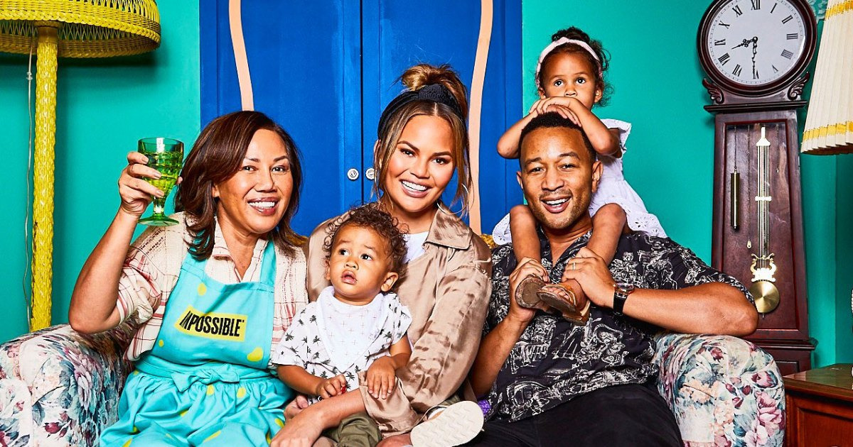 Chrissy Teigen S Mom Will Cook Her Noodles At 2 A M
