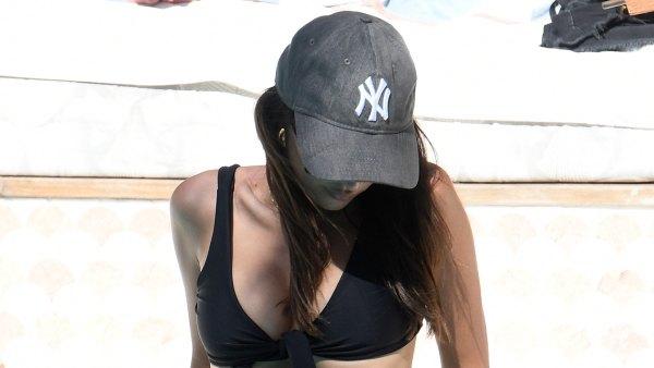 Emily Ratajkowski Poolside Black Bikini