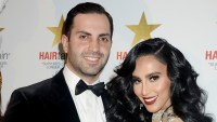 Lilly-Ghalichi-Spotted-Kissing-Estranged-Husband-Dara-Mir