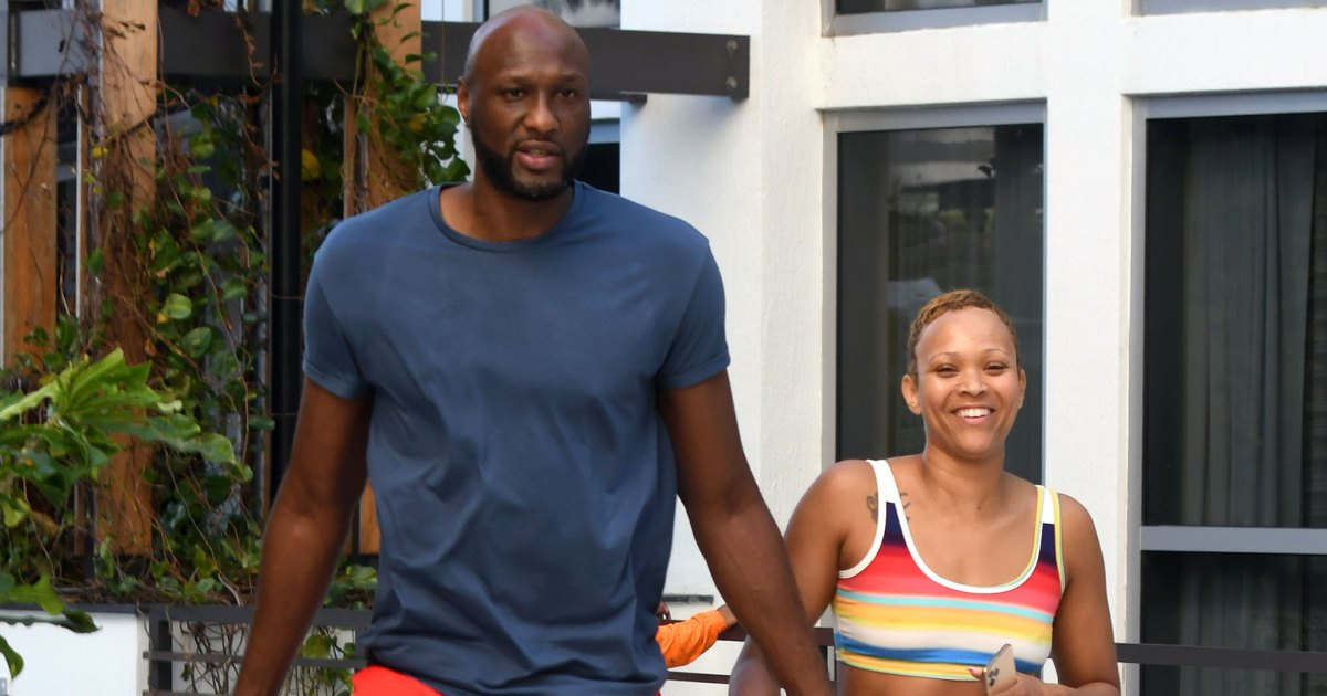 Lamar Odom and Fiancee Sabrina Parr Relax by the Pool After Surprise Engagement 02 - لامار أودوم ، رصدت خطيبة سابرينا بار بعد خطوبة مفاجئة