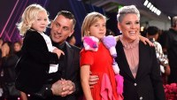 Pink Daughter Willow Channels Bjork Swan Dress With Unicorn at the 2019 Peoples Choice Awards