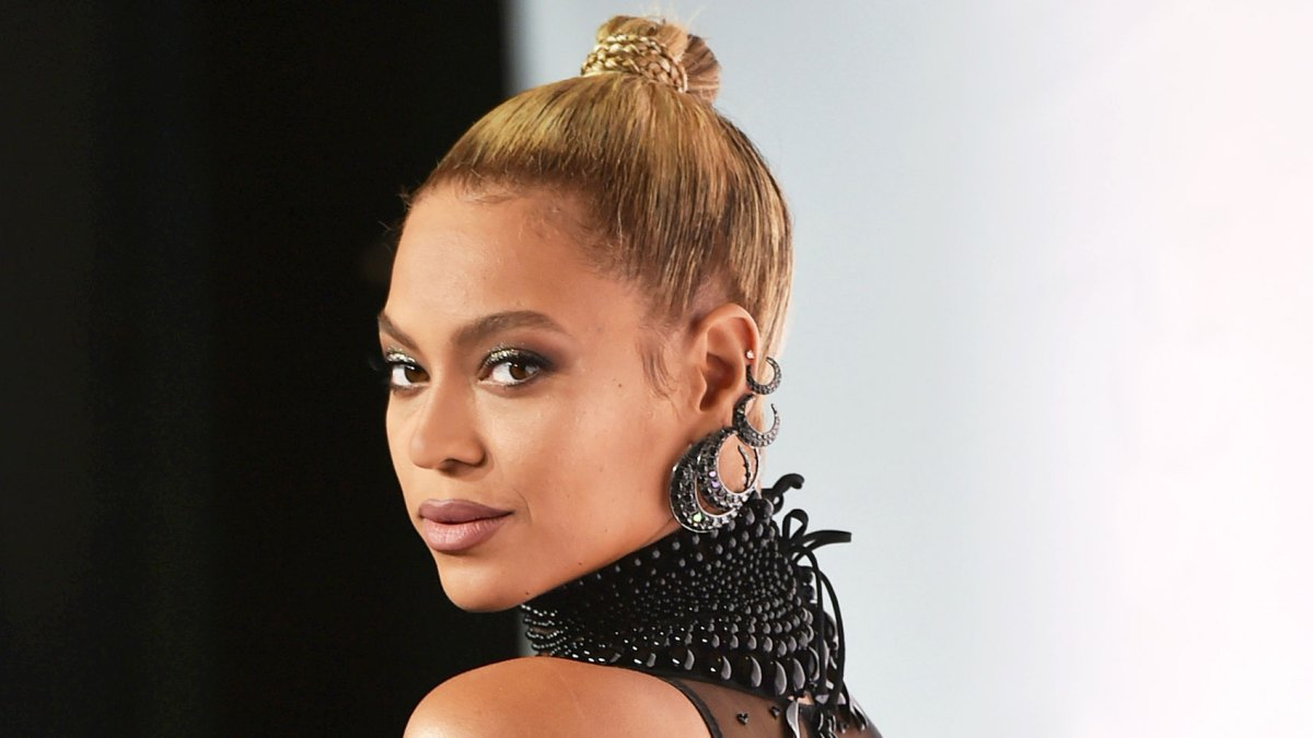 30+ Beyonce Ivy Park Grill Wallpapers