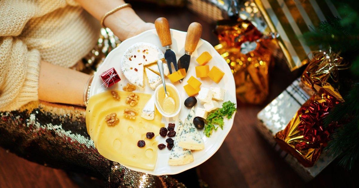 Tips for a Cheesy Christmas 01 - نصائح للحصول على طبق الجبن النهائي