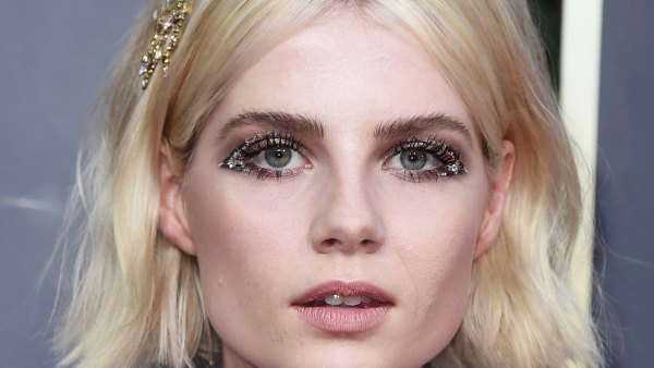 Golden Globes 2020 Makeup - Lucy Boynton