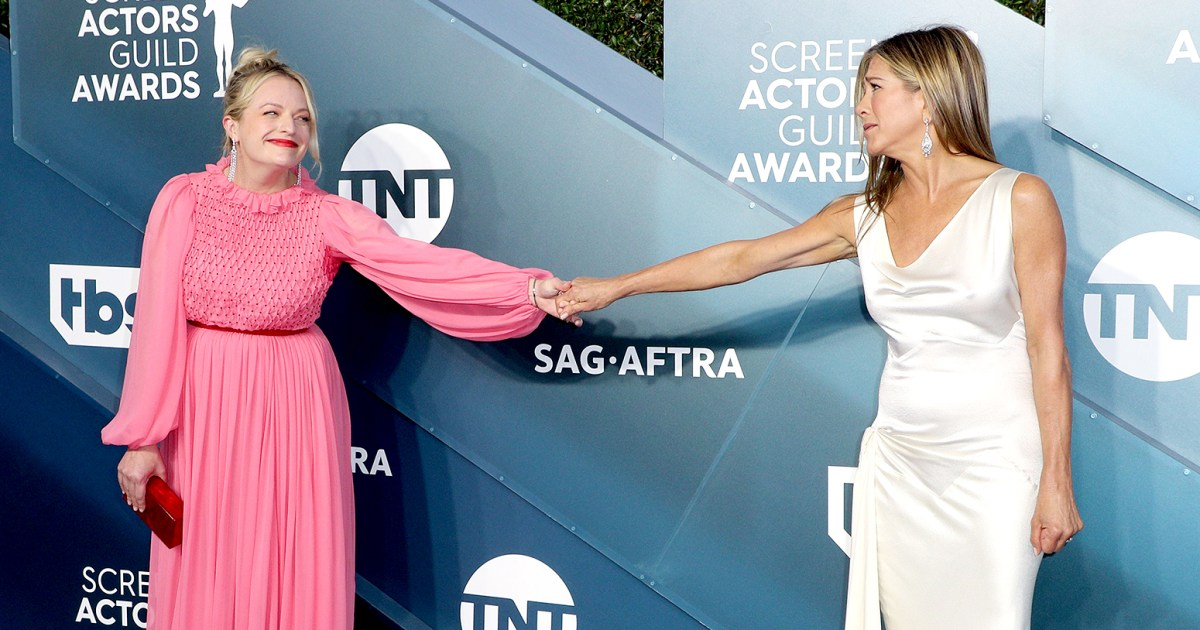 Elisabeth Moss Reacts to 'Handsy' SAG Awards Moment With Jennifer Aniston