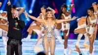 Jennifer-Lopez-happy-with-Superbowl-2020-show
