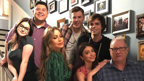 'Modern Family' Cast Bids Farewell to Sitcom on Final Day of Filming