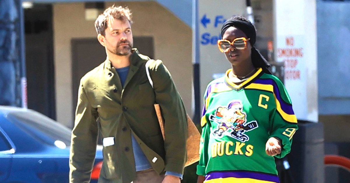 Joshua Jackson Kisses Pregnant Wife Jodie Turner-Smith Days Before Due Date