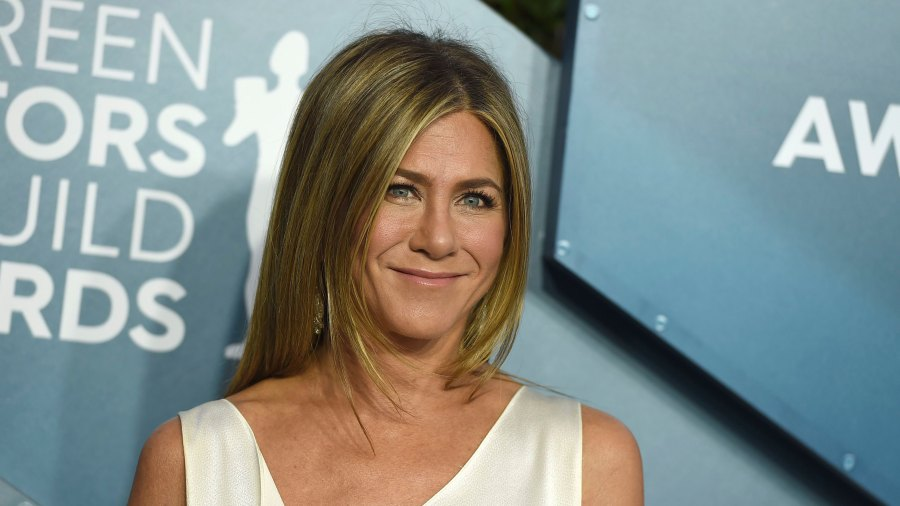 Jennifer Aniston arrives at the 26th annual Screen Actors Guild Awards at the Shrine Auditorium & Expo Hall, in Los Angeles.