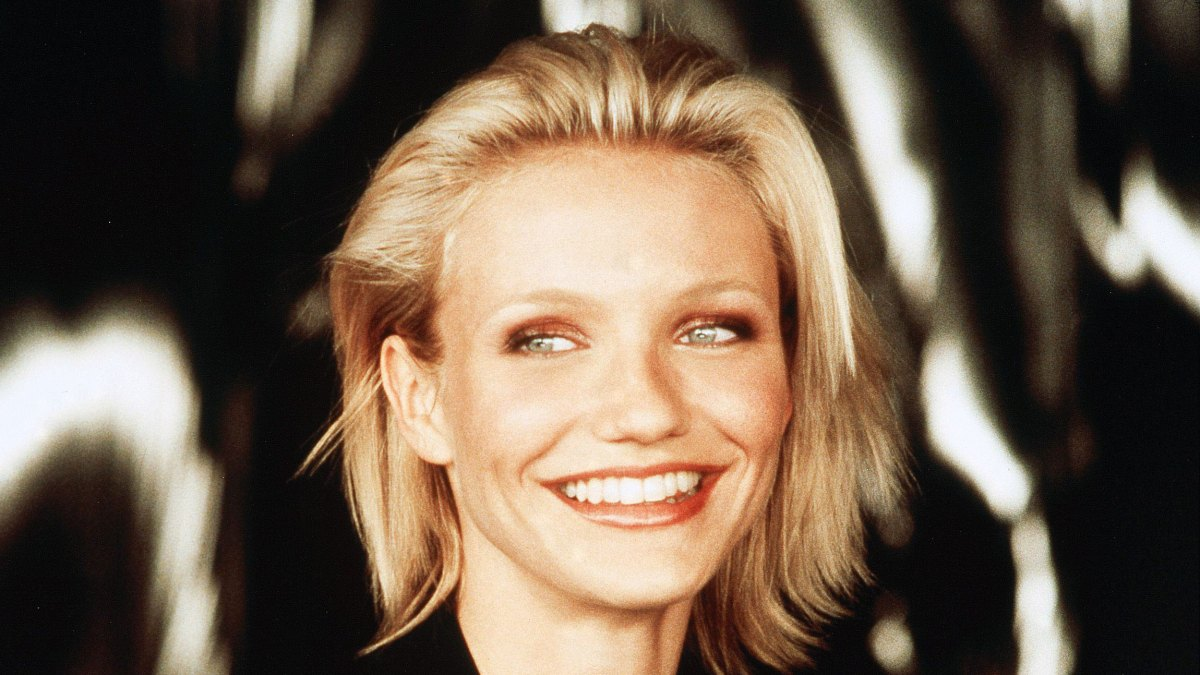 Why Cameron Diaz S Hair Was So Short In Charlie S Angels Details