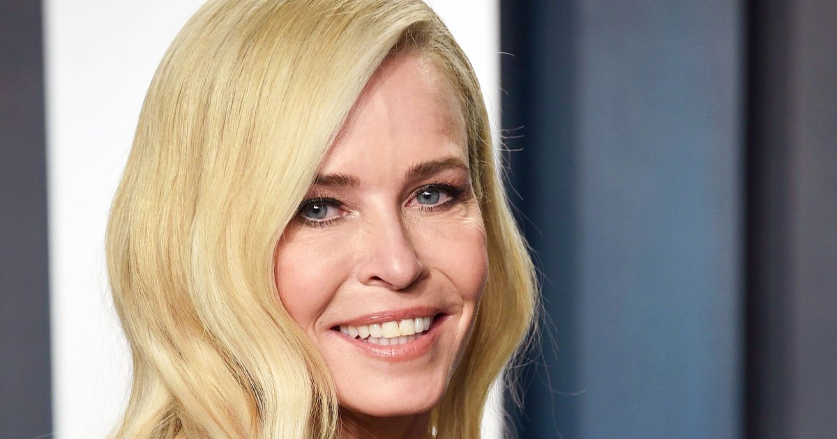 Chelsea Handler Uses Her Bra as a Face Mask
