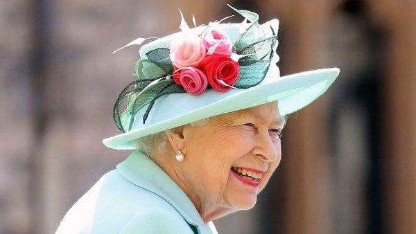 Queen Elizabeth Looked Bright and Beautiful on Princess Beatrice's Wedding Day